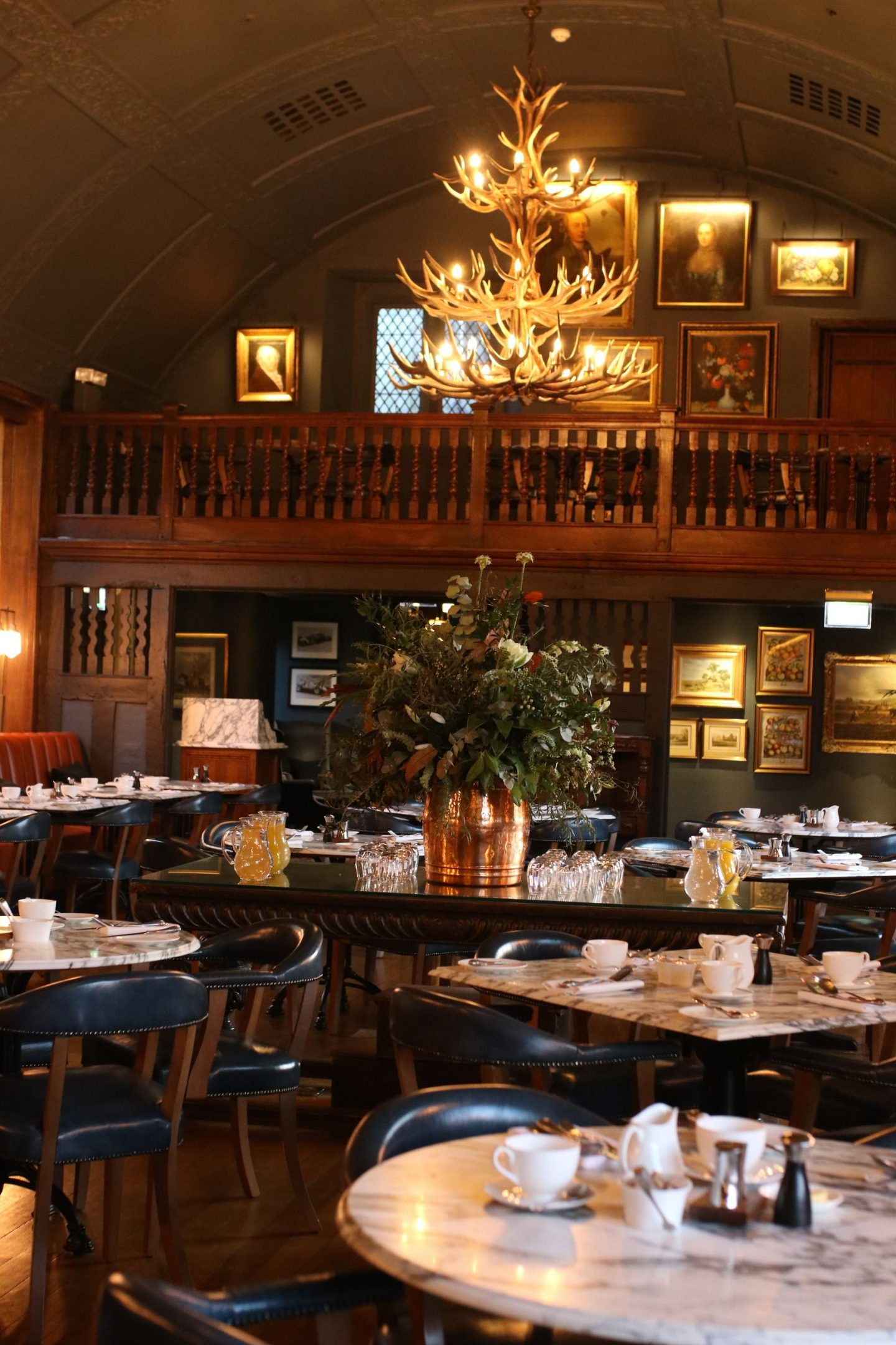 Christmas in The Cotswolds at The Lygon Arms, Katie KALANCHOE