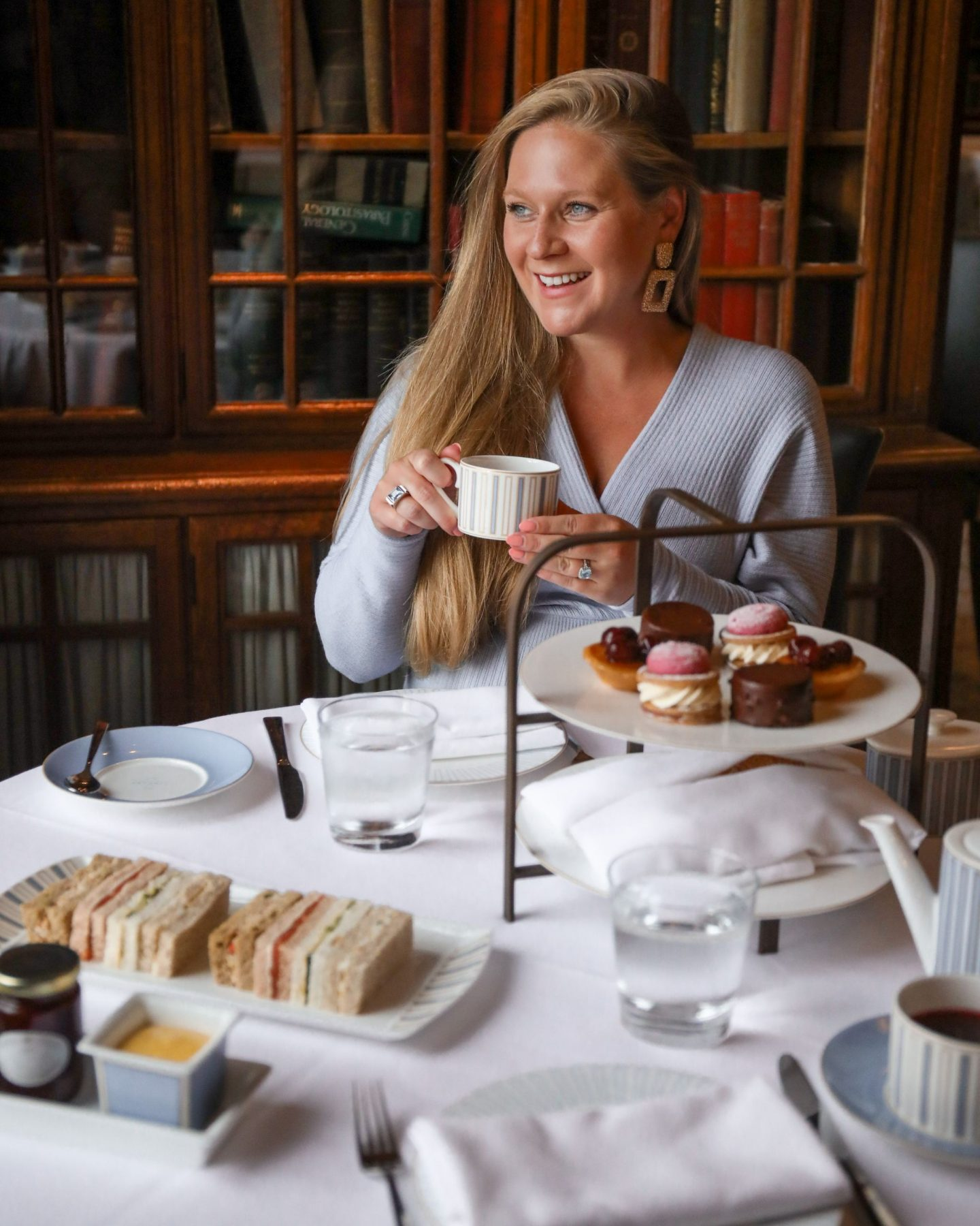 The London Marriott County Hall, The Library Afternoon Tea, Katie Heath, KALANCHOE