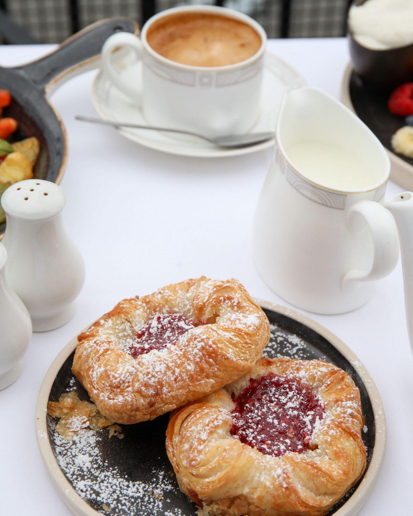 The London Marriott County Hall, Balcony Suite Breakfast, Katie Heath, KALANCHOE